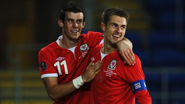 Bale e Ramsey: amigos, com trajetórias semelhantes no início de carreira