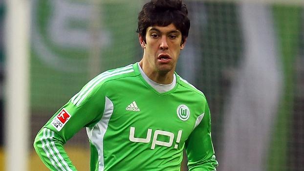 Após AVC, brasileiro revela: 'Fisioterapeuta do Wolfsburg salvou a minha vida'
