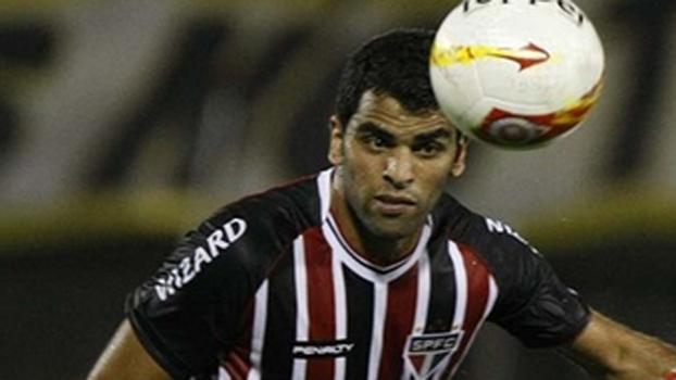 Maicon se lesiona e fica fora contra Atlético-MG