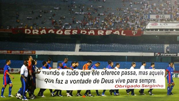 Serginho Homenagem São Caetano São Paulo Campeonato Brasileiro 03/11/2004