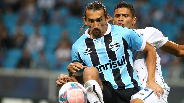 Barcos é marcado: Grêmio foi surpreendido pelo Cruzeiro