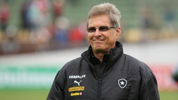 Oswaldo de Oliveira minimizou as confusões ocorridas durante a vitória do Botafogo sobre a Portuguesa, por 3 a 1