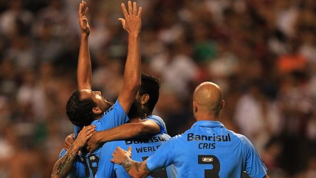 Barcos fez um gol e teve grande atuação no Engenhão