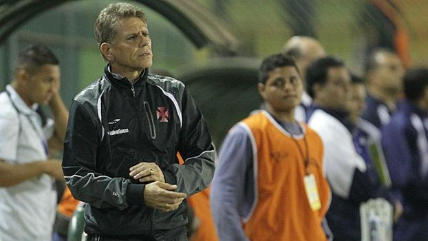 Paulo Autuori quer mais do Vasco