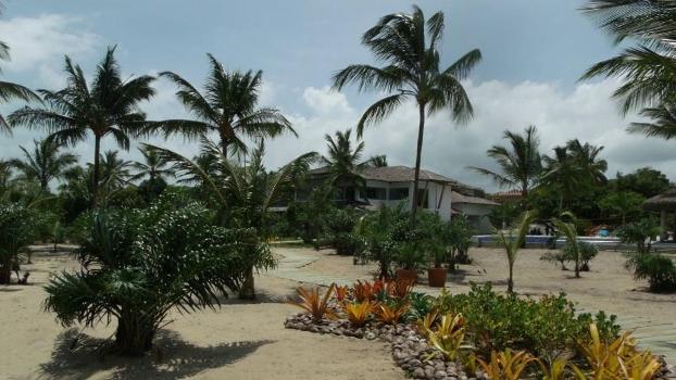 A entrada pela praia do Campo Bahia em Santo André, no município de Santa Cruz Cabrália