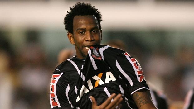 Gil vive grande fase no Corinthians: defesa é a melhor do campeonato