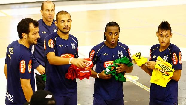 Ivan Izzo Neymar Arouca Edu Dracena Marcel Treino Santos 07/09/2014