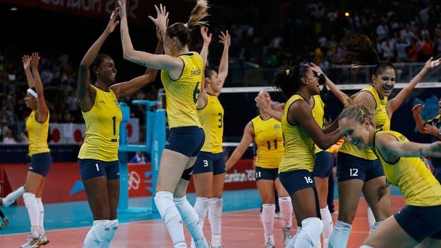 Brasileiras comemoram vaga na final olímpica do vôlei