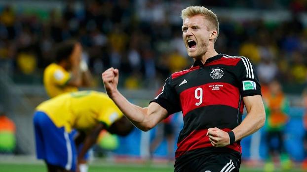 Schurrle comemora o sexto gol da Alemanha contra o Brasil