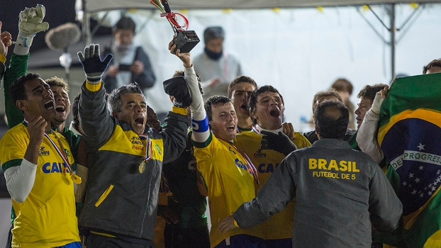 Brasil bate Argentina e festeja o tetra no Mundial de futebol de cegos no Japão