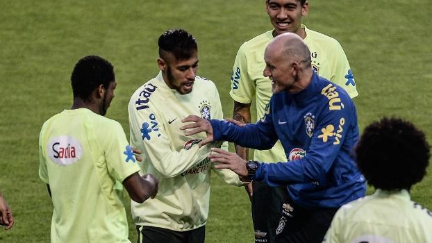 Neymar confia que a seleção brasileira manterá o nível apresentado