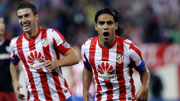 Falcao comemora um de seus gols na vitória sobre o Athletic Bilbao