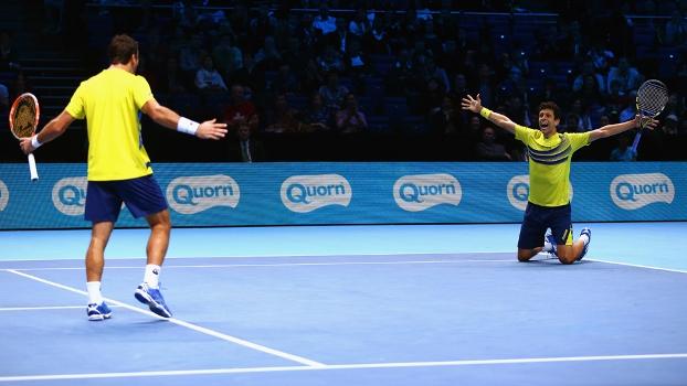 Marcelo Melo (à dir.) e Ivan Dodig estão na final do ATP Finals