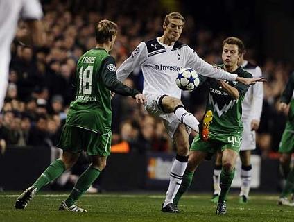 Clique no player acima para ver os gols da vitória do Tottenham