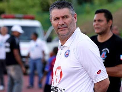 Márcio Araújo chamou atletas de ''irresponsáveis' por uso de tranquilizantes; assista