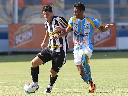 Clique no player para ver os gols da vitória do Botafogo!