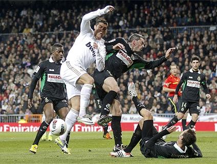 Clique no player para ver os gols da vitória do Real Madrid!