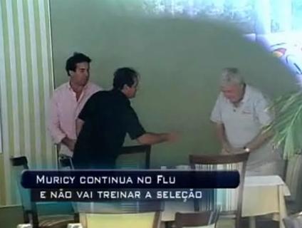 Ricardo Teixeira deixa Muricy com a mão estendida após reunião